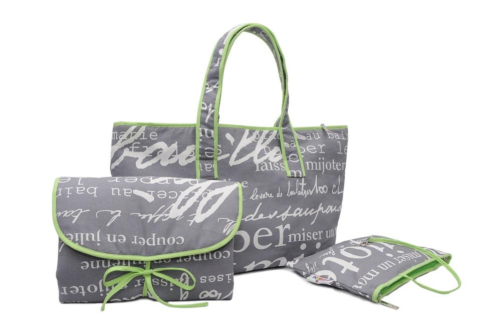 Wickeltasche set mit wickelunterlage und kosmetiktasche label für