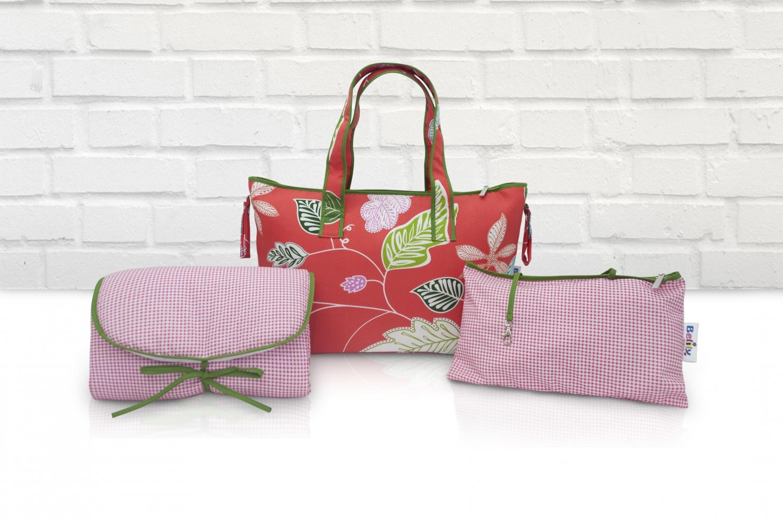 wickeltasche set mit wickelunterlage und kosmetiktasche label f r wickeltaschen stillkissen. Black Bedroom Furniture Sets. Home Design Ideas